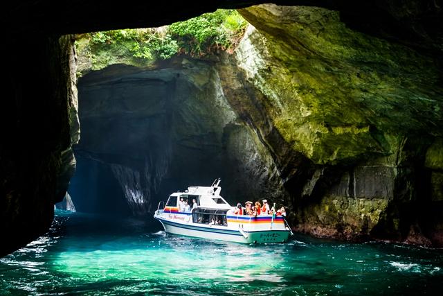 青の洞くつめぐり遊覧船 堂ヶ島マリン