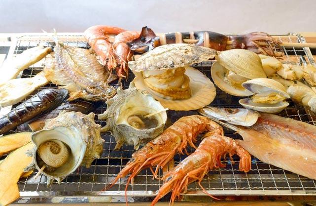 竜宮海鮮市場 浜焼漁師小屋