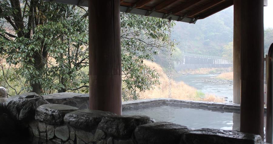 立ち寄り天然温泉 湯の国会館